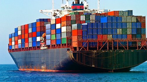 Il trasporto via mare (container) è il più adoperato a livello globale per la consegna delle apprecchiature elettroniche.